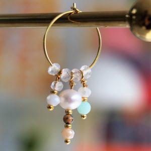 guld creol hoop ørering med ægte ferskvandsperle og mint farvet perle