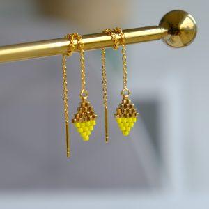 Lang sterlingsølv forgyldt guldørering med guld og gule perler ørekæde